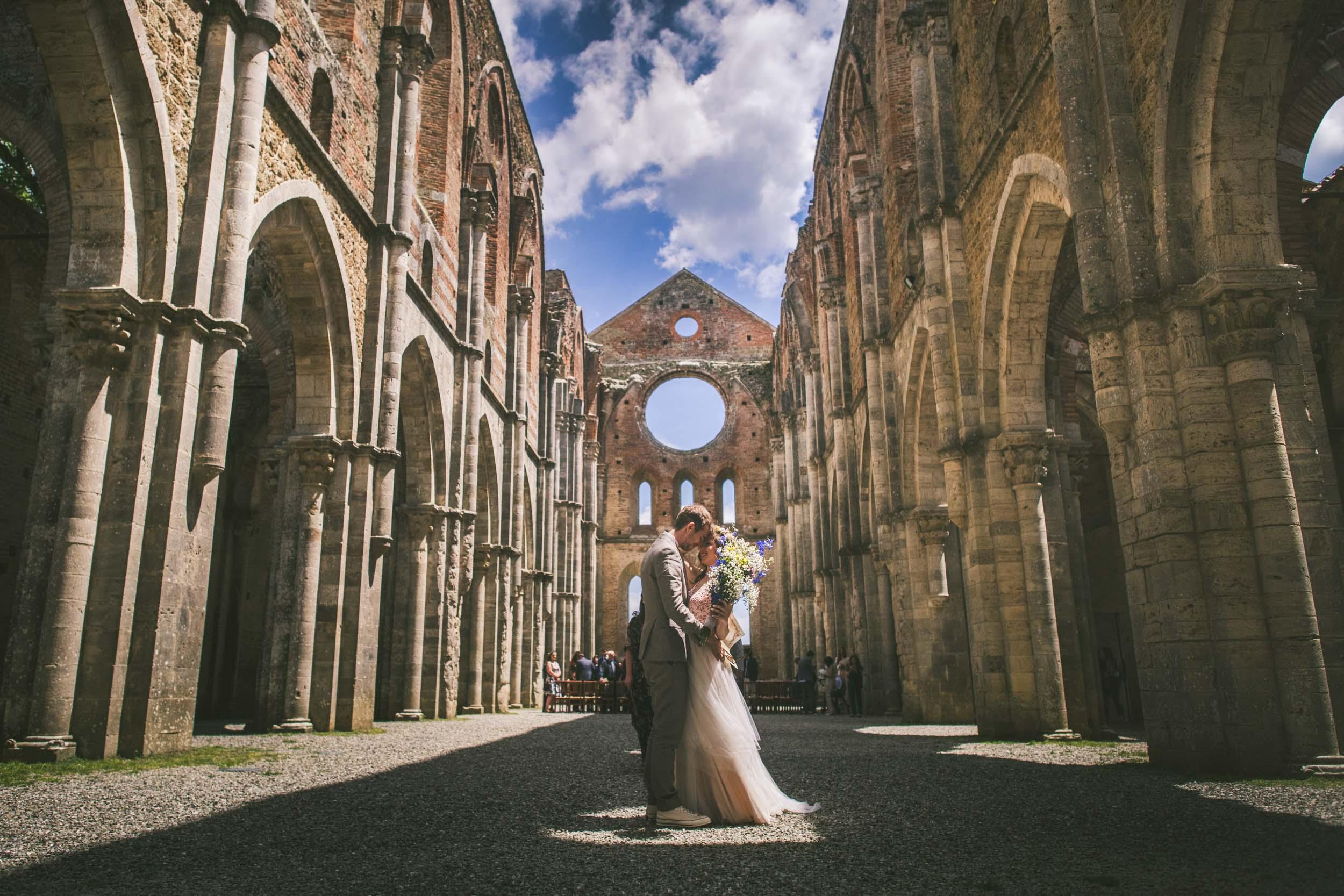 Gareth e Martina - Matrimonio presso Abbazia di San Galgano, Siena, 1/06/2019